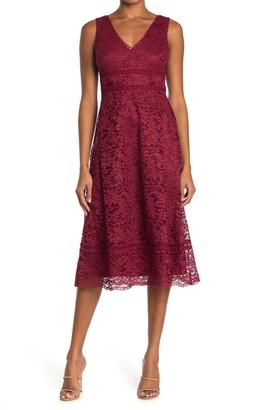 Taylor Scalloped Lace Midi Dress
