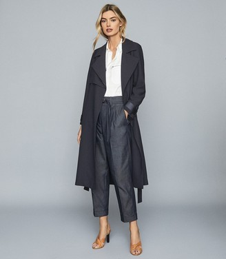 Reiss Cassie - Mid Rise Straight Fit Trousers in Dark Blue