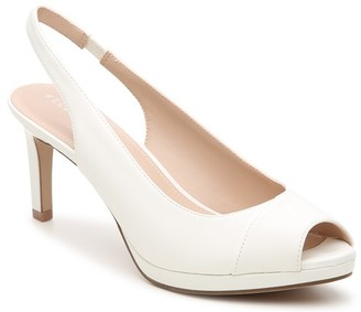 Women's Nerani Platform Sandals White Size 5 Patent faux leather or upper From Sole Society
