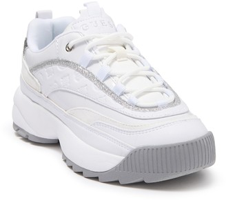 GUESS Kaysie Sneaker