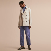 Burberry The Kensington – Short Heritage Trench Coat
