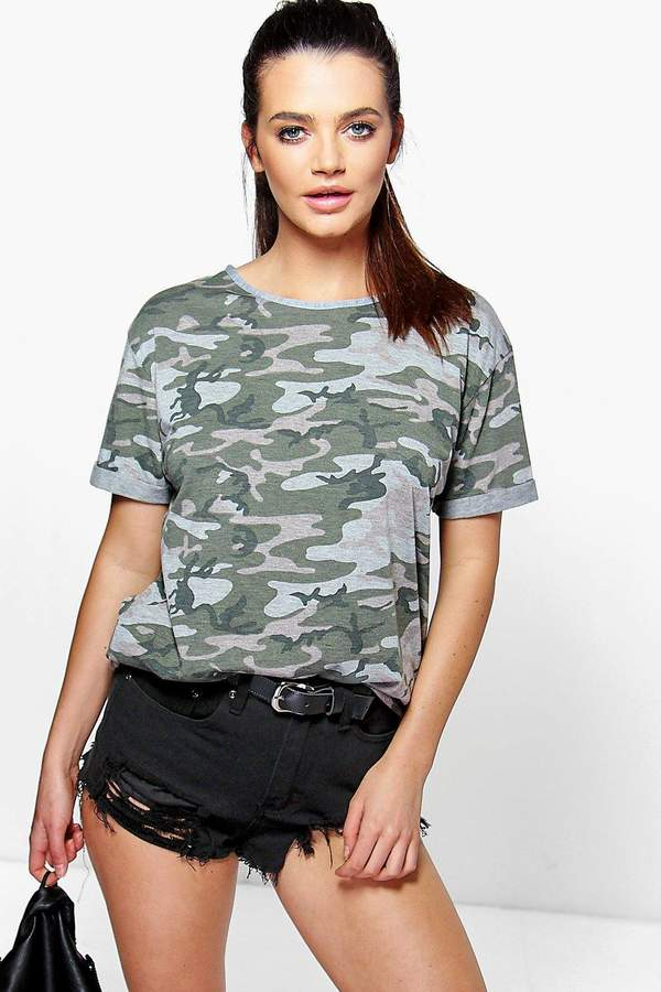 boohoo Oversized Camo T-Shirt