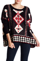 Romeo & Juliet Couture Long Sleeve Geo Pattern Sweater