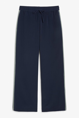 Monki Joggers with side stripe