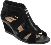 Earth Women's Poppi Wedge Sandal