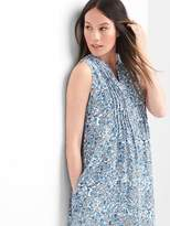 Maternity floral sleeveless pintuck dress