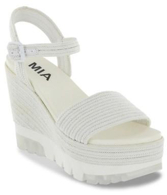 Mia Nakita Wedge Sandal