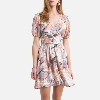 Molly Bracken Floral Embroidered Buttoned Mini Dress with Short Sleeves