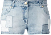 Pierre Balmain logo patch denim shorts - women - Cotton/Spandex/Elastane - 27