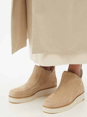 Gabriela Hearst Harry Shearling-lined Suede Ankle Boots - Beige