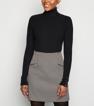 New Look Geometric Zip Side Mini Skirt