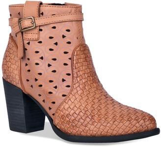 Dingo Be Famous Women's Ankle Boots