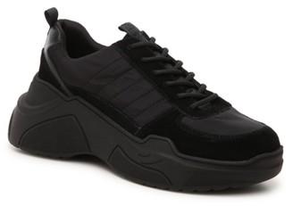 KENDALL + KYLIE Logan Sneaker