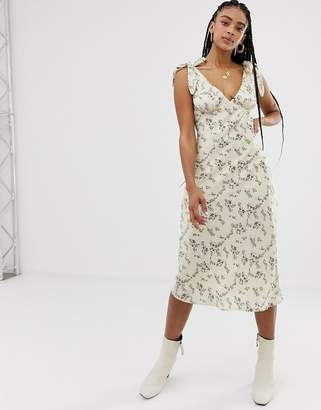 Emory Park maxi dress with scoop front in romatic floral-Multi