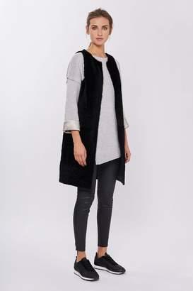 Amanda Wakeley Mirage Black Short Shearling Gilet