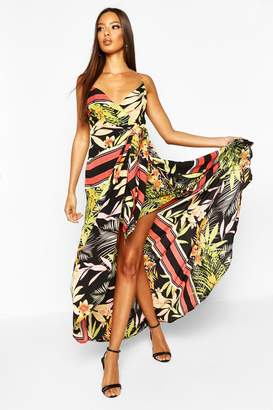 boohoo Tropical Print Hanky Hem Maxi Dress