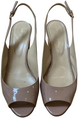 Sergio Rossi Beige Patent leather Heels