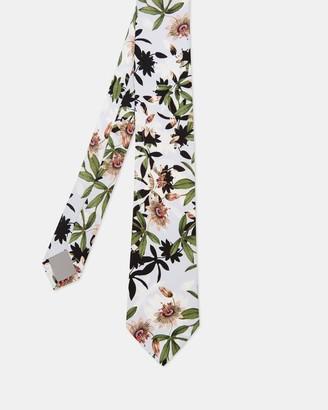 Ted Baker RUTIE Flower print silk tie