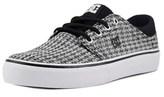 DC Trase Tx Se Round Toe Canvas Skate Shoe.