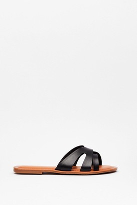 Nasty Gal Womens Slip of the Lip Faux Leather Flat Sandals - Black