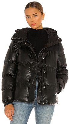 Champion Oversized Puffer Jacket
