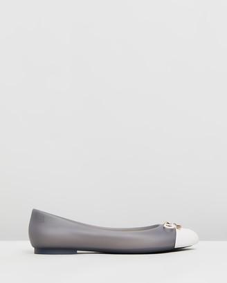 Melissa Doll V Ballet Flats
