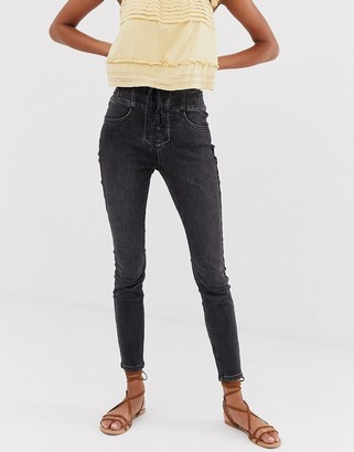 Free People curvy lovers knot super high waist skinny jeans in black