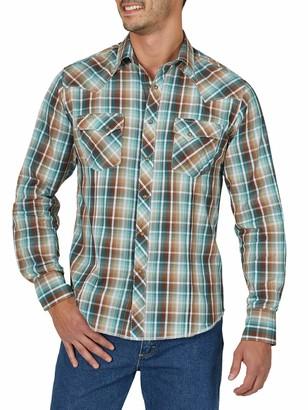 Wrangler mens Western Fashion Two Pocket Long Sleeve Snap Button Down Shirt