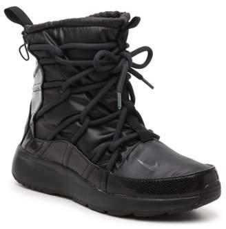 Nike Tanjun High Rise High-Top Sneaker - Women's