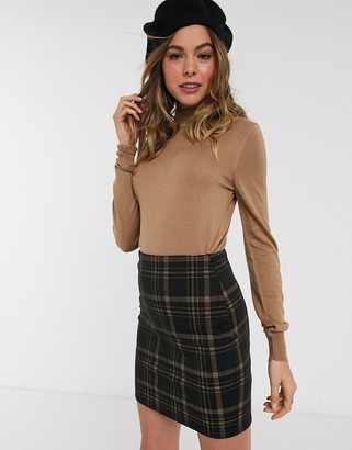 New Look high neck fine guage knit jumper in taupe