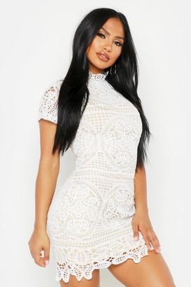 boohoo Boutique Crochet Lace Bodycon Dress