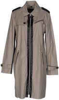Caractere Full-length jackets