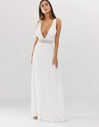Asos Design DESIGN sleeveless maxi dress with lace bodice and pleated skirt-White