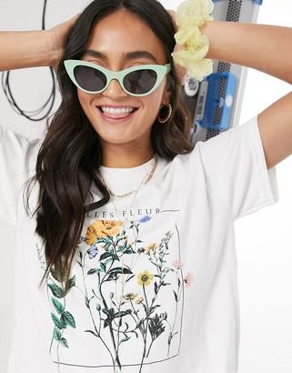 Miss Selfridge belle fleur t-shirt in white