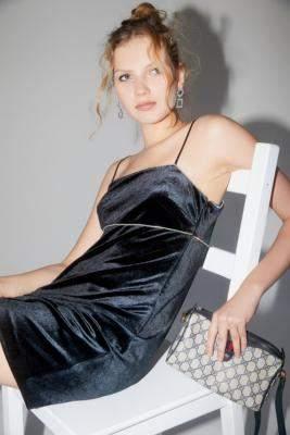Urban Outfitters Sunny Velvet Empire Waist Mini Dress - black M at