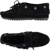 Minnetonka Lace-up shoes