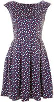 Heart print v tie back dress