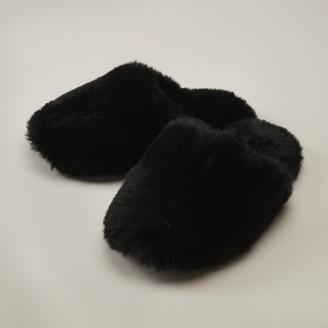 Love & Lore Love And Lore Faux Fur Slipper Black Small-Medium