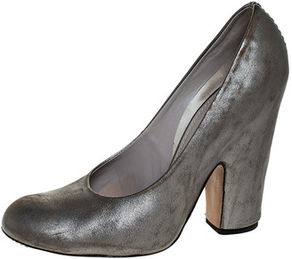 Marc by Marc Jacobs Marc Jacobs Metallic Grey Leather Pumps Size 37