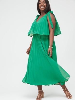 V By Very Curve Tiered Pleated Chiffon Midi Dress - Green
