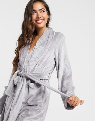 Vero Moda dressing gown in grey