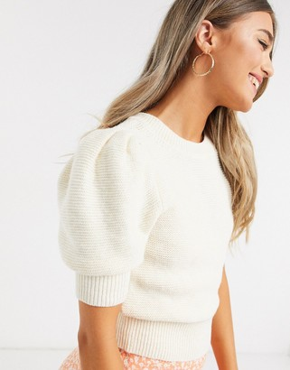 Abercrombie & Fitch light weight knit jumper in cream