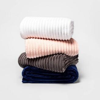 Ribbed Plush Bed Blanket - Room EssentialsTM