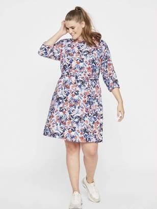 Junarose Cute Floral Print Dress in Snow White Size 16