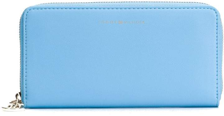 86f47ea282be4 large zip-around wallet