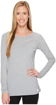 New Balance Long Sleeve Layer Top Women's Long Sleeve Pullover
