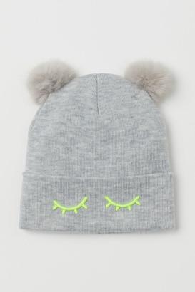 H&M Pompom hat