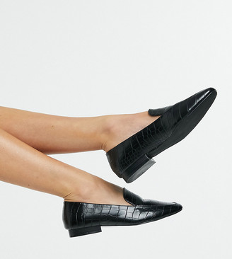 ASOS DESIGN Wide Fit Mindy flat loafers in black croc