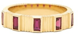 Retrouvai - Pleated Ruby & 18kt Gold Ring - Womens - Red Gold