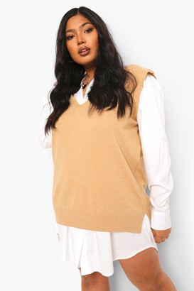 boohoo Plus V Neck Knitted Tank Top